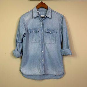 Madewell Women's Size S Classic Denim Shirt